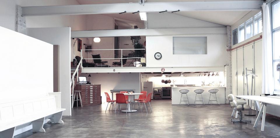 Das-Freiloft-die-Mietlocation-für-Firmenevents-Shootings-Seminare-und-Workshops_Raum