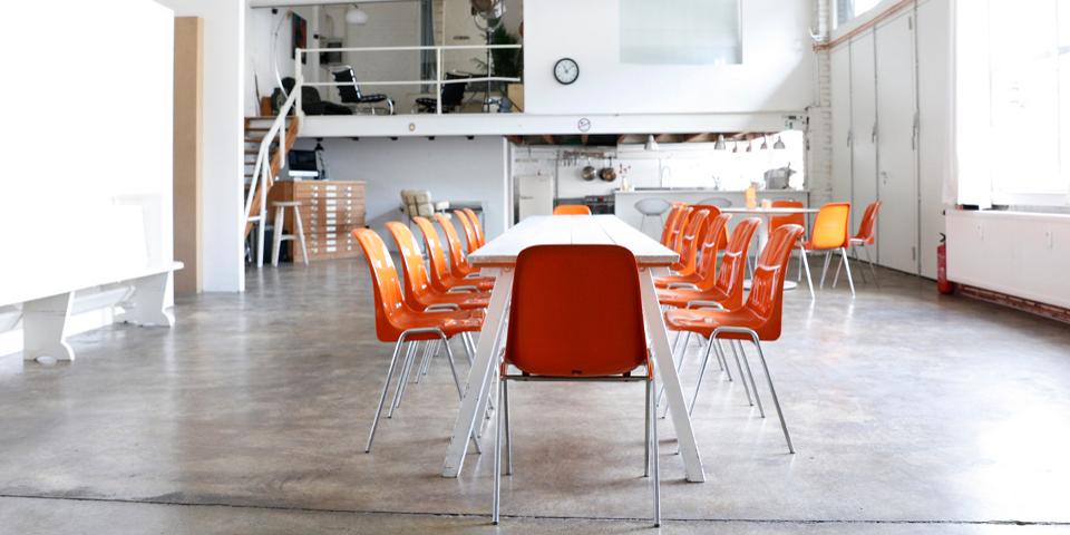 Das-Freiloft-die-Mietlocation-für-Firmenevents-Shootings-Seminare-und-Workshops_Raum2