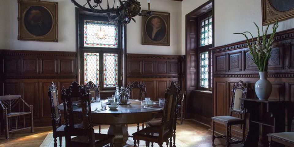 Herrenhaus1